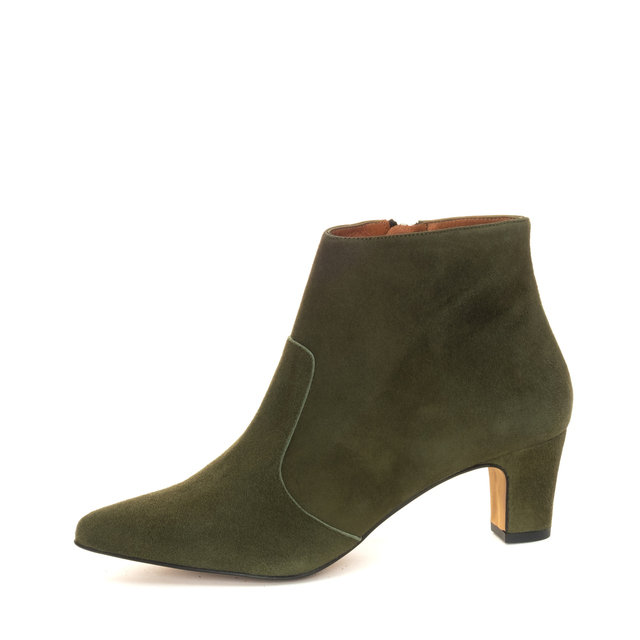 Freya Ankle Boots / Olive