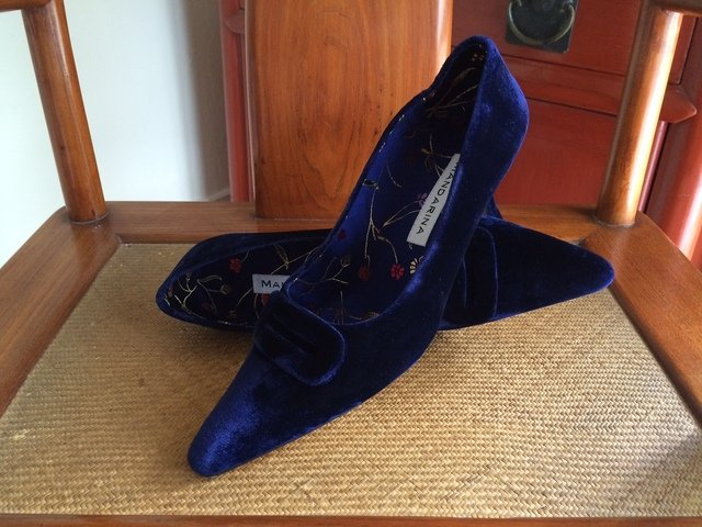 Versailles Court Shoes / Navy Velvet