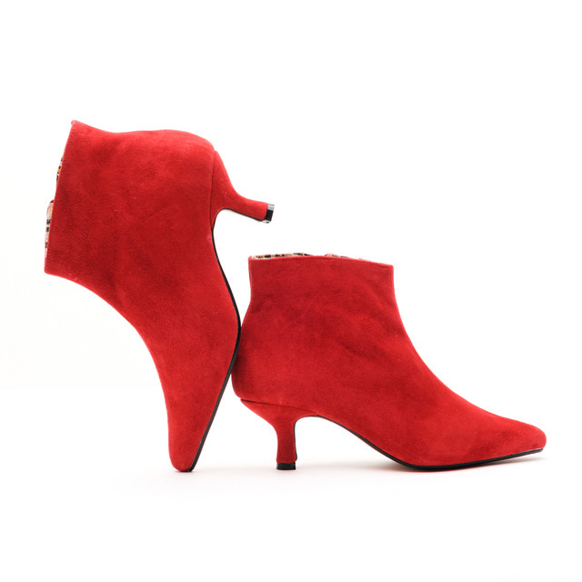 Petra Pixie Boots / Red Suede