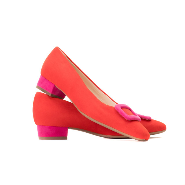 Scarlet Pimpernel Low Heel Courts Thumbnail