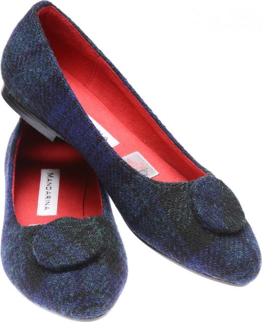 e5e193400b447 Black Watch Harris Tweed Button Pumps | Mandarina Shoes