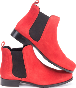 Chelsea Boots / Scarlet