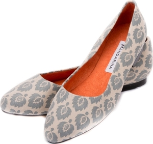 Blue Fern Pattern Pumps