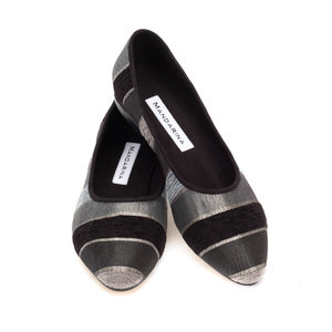 BLACK & SILVER STRIPED PUMPS