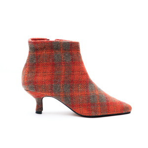 Brora Harris Tweed Pixie Boots / Orange
