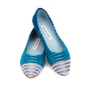 ELECTRIC BLUE STRIPED PUMPS