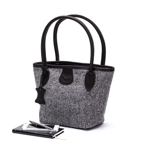 Harris Tweed Bucket Bag / Charcoal Speckle