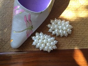 PEARL CLUSTER SHOE CLIPS